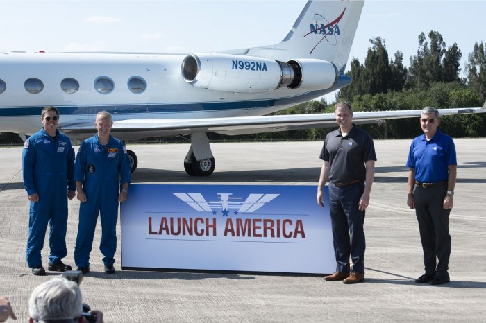 https://cdnph.upi.com/collection/ph/upi/12434/6e190e0196e0350e2f10464b90ca8187/Astronauts-poised-to-return-to-space-from-US-soil_19_1.jpg