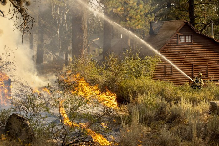 , Cooler temperatures, humidity help slow Caldor Fire, Forex-News, Forex-News