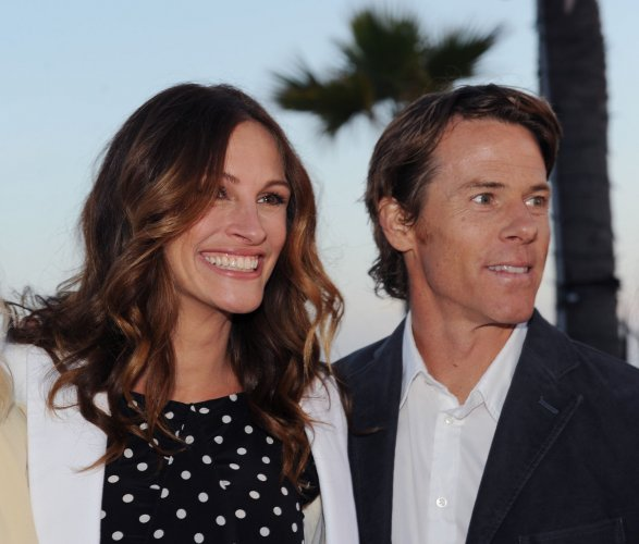 Julia Roberts And Danny Moder Honored By Heal The Bay   Photos ...
