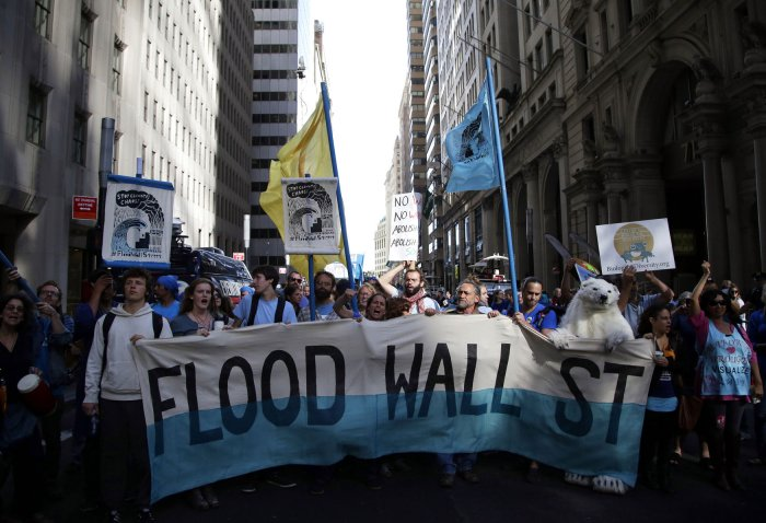 Flood wall street march in new york