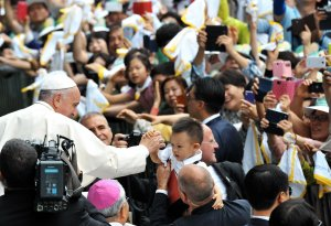 Pope Francis celebrates first mass in South Korea