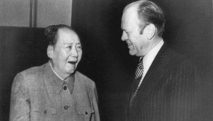 Venden carta firmada por Mao Zedong por 918.000 dólares
