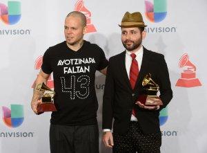 Enrique Iglesias y Calle 13 dominan los Latin Grammy