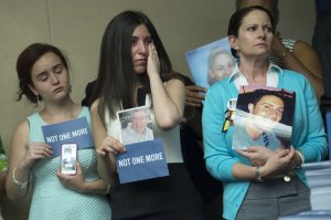 Poca supervisión a Adam Lanza permitió masacre de Sandy Hook