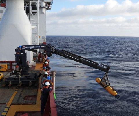 Francia confirma que pedazo de ala pertenecía a vuelo 370 de Malaysia Airlines