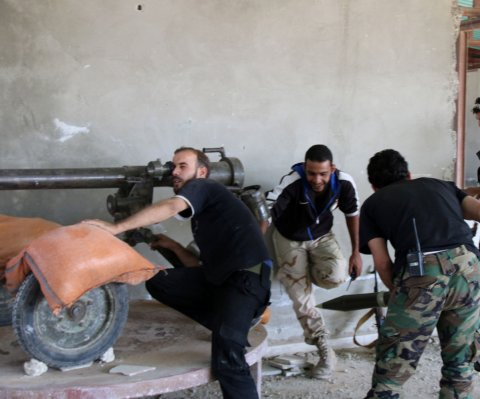 Ejército Libre de Siria niega estar recibiendo respaldo militar de Rusia