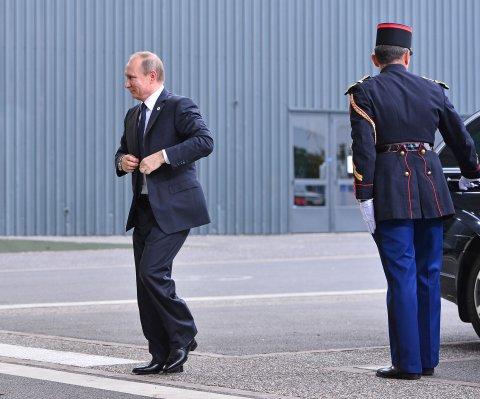 Putin llama 'acto hostil' al derribo del avión militar ruso en Turquía