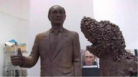 Escultura de tamaño real de Vladimir Putin fue creada en chocolate