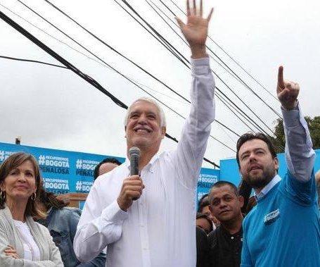 Enrique Peñalosa es el favorito para elecciones a la alcaldía de Bogotá