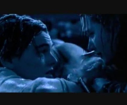 Kate Winslet admite que Leonardo DiCaprio podría haberse salvado en 'Titanic'