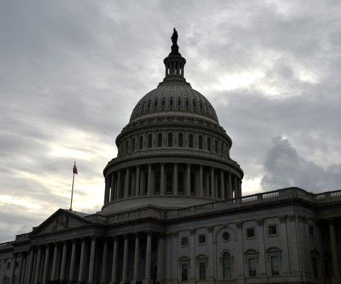 Senado da primer paso para facilitar aprobación del TPP