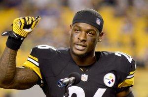 Le'Veon Bell supera 200 yardas y lidera triunfo de los Steelers sobre los Titans