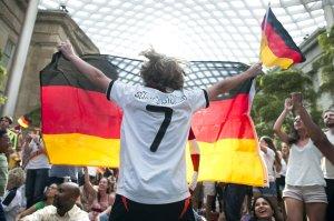 Instan a la UEFA a boicotear la Copa del Mundo de la FIFA