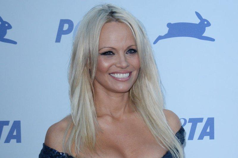 Pamela Anderson Says Tommy Lee Is Cured Of Hepatitis C