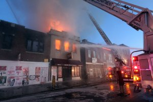 St. Louis firefighters battle 2 alarm fire and bitter temperatures