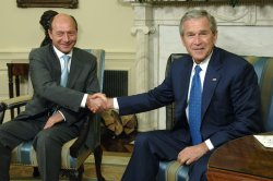 PRESIDENT BUSH MEETS WITH THE ROMANIAN PRESIDENT