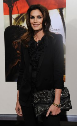 "Cindy Crawford attends ""The Descendants"" premiere in Beverly Hills"