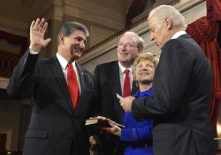 Newly- reelected Sen. Joe Manchin sworn in to begin 113th Congress on Capitol Hill