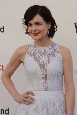 Elizabeth mcGovern arrives for AFI tribute to Shirley MacLaine in Culver City, California