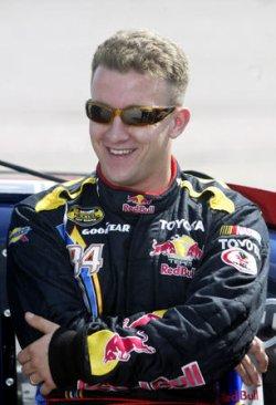 NASCAR NEXTEL CUP QUALIFYING FOR THE DODGE AVENGER 500 RACE IN DARLINGTON, SOUTH CAROLINA