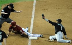 Florida Marlins play the Arizona Diamondbacks