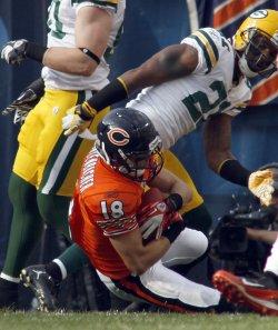 Bears wide receiver Dane Sanzenbacher cathces a touchdown in Chicago