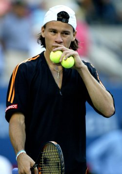 CORIA DEFEATED BY GINEPRI AT US OPEN
