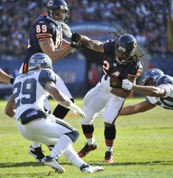 Bears Barber, Spaeth collide against Seahawks in Chicago