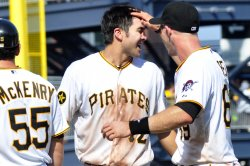 Pirates d'Arnaud Fly Scores Paul for 4-3 win in Pittsburgh