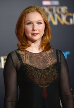 Molly Quinn attends 'Doctor Strange' world premiere