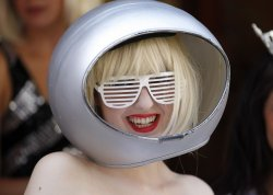 Boyer participates in a Lady Gaga look-a-like contest in Chicago