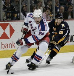 NEW YORK RANGERS VS BUFFALO SABRES IN EASTERN CONFERENCE SEMIFINALS