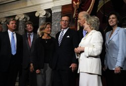 Paul Kirk sworn-in into Sen. Edward Kennedy Senate seat in Washington