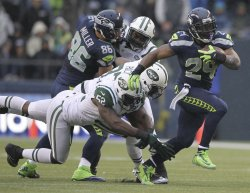 The Seattle Seahawks beat tbe New York Jets 28-7 in Seattle.