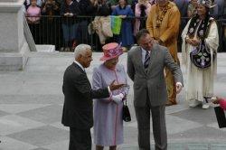 BRITAIN'S QUEEN ELIZABETH II VISITS VIRGINIA STATE CAPITOL IN RICHMOND