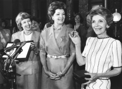 Nancy Reagan Displays Caring Heart Award