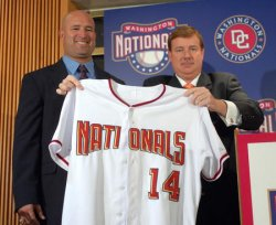 NATIONALS NAME ACTA AS NEW MANAGER