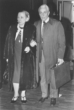 Clifton Daniel and Margaret Truman Daniel arrive from London after Bess Truman dies in Kansas City