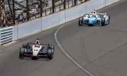 POWER LEADS HINCHCLIFFE ON LAP 39