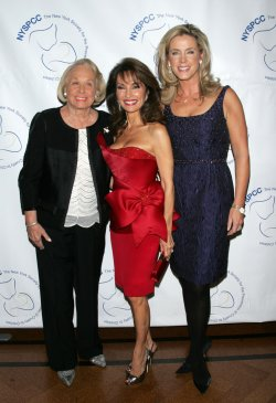 Susan Lucci, Liz Smith and Deborah Norville arrive for the 2009 Gala of the New York Society for the Prevention of Cruelty to Children in New York