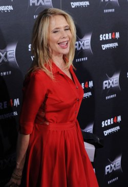 "Rosanna Arquette attends the ""Scream 4"" premiere in Los Angeles"