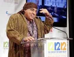 12-12-12 Sandy benifet concert in New York