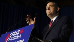 Cruz delivers his concession speech to Supporters in Indianapolis, Indiana