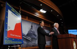 Sens. McCain, Bayh call for spending freeze in Washington