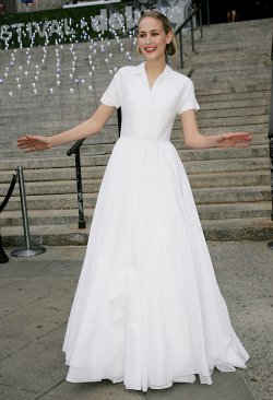 Leelee Sobieski attends the Vanity Fair Party in New York