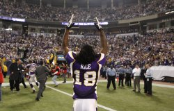 Vikings' Rice walks off the field against Cowboys in Minneapolis