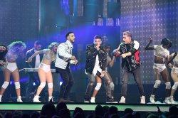 Guerra de Idolos performs at the 2017 Billboard Latin Music Awards