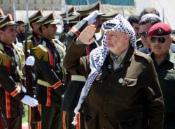 Arafat returns to Gaza