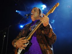 STEVEN SEAGAL AND THUNDERBOX PERFORM IN LONDON