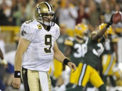 Saints Brees walks off field against Packers in Green Bay, Wisconsin